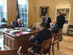 im244-320px-Trump_speaking_with_Putin_oval_office.jpg