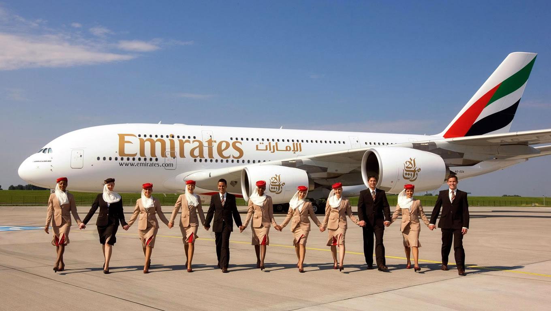 ris.-3-ekipazh-samoleta-emirates.jpg