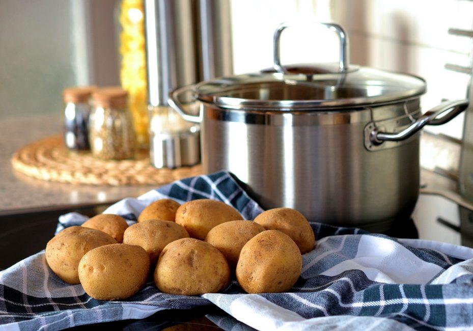 potato-544073_1920-929x650.jpg